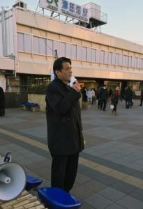津田沼駅頭
